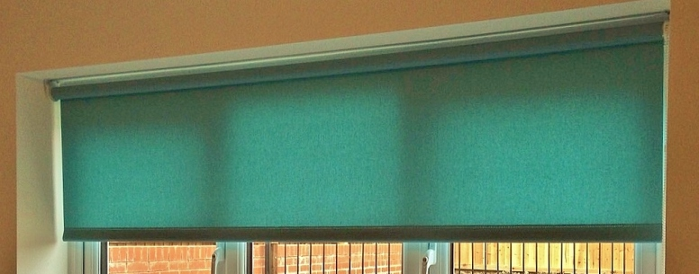 Aqua roller blind - Square edge